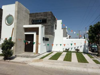 Se Vende Casa Nueva En Esquina Tejeda