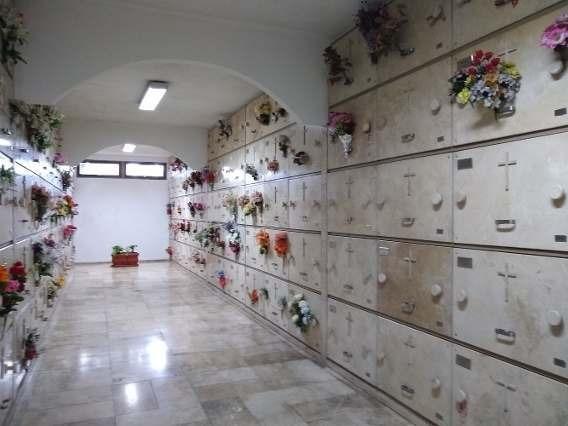 Nicho En Cementerio Chacarita-panteón Ntra Sra De La Merced