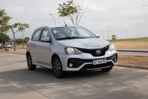 Toyota Etios X 100% Junio 2021