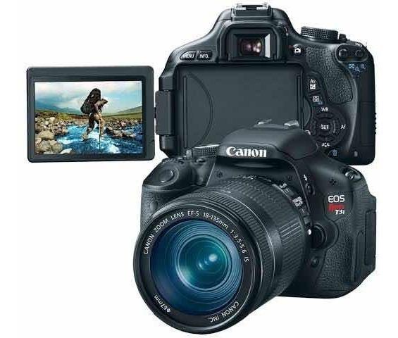 Câmera Canon T3i Kit 18-55 Usada