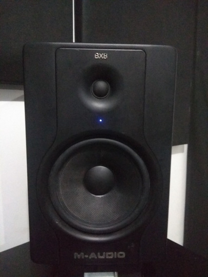 Par De Monitores De Referência M-audio Bx8 D2