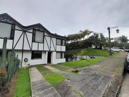 Venta Casa San Marcel. Manizales. Cod 3872338