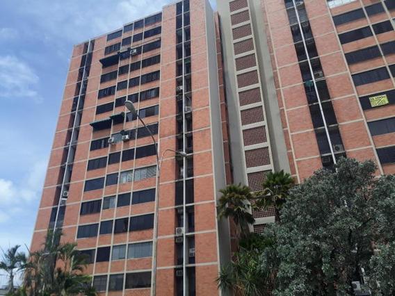 Apartamento Mls #20-20882