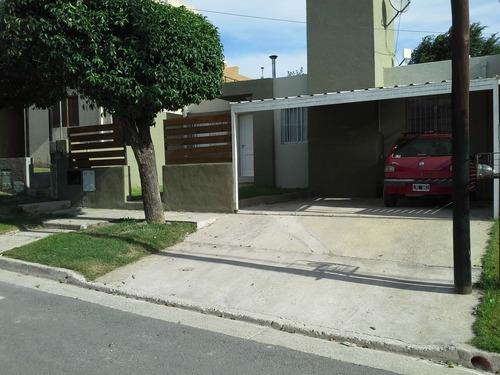 Casa 2 Dormitorios - La Calera - B° Altos De La Calera