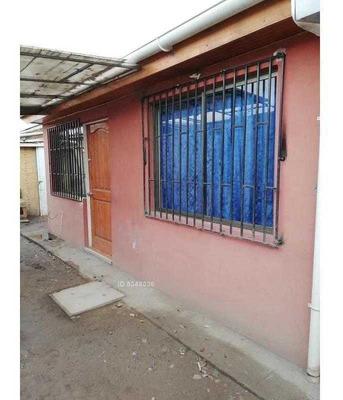 Calle Cuatro 2245