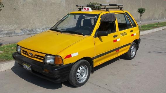 Ford Festiva ´98 1300cc Color Amarillo