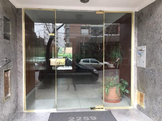 Alquiler De Departamento De 1 Y 1/2 Ambientes En Palermo.