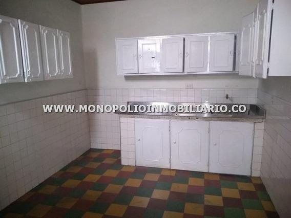 Casa Bifamiliar En Alquiler - Belen Granada Cod: 12031