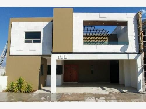 Casa En Venta En Fracc Habita Residencial
