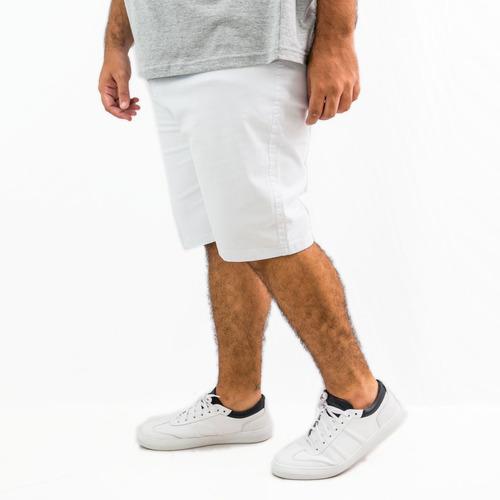 Imagem 1 de 4 de Bermuda Jeans Masculina Colorida Com Lycra Plus Size Grande