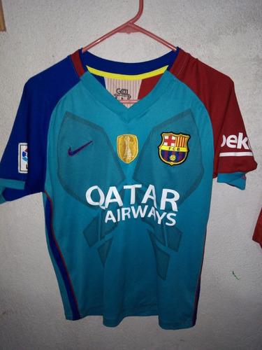 Camisola Del Barcelona Color Turquesa Con El Número 10 Atrás