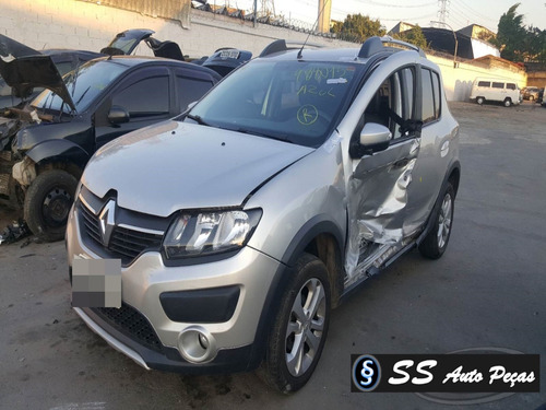 Imagem 1 de 2 de Sucata De Renault Sandero 2016 - Retirada De Peças