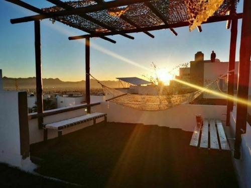 Imagen 1 de 26 de Casa En Venta Con Excelente Vista En Lomas Universidad, En F
