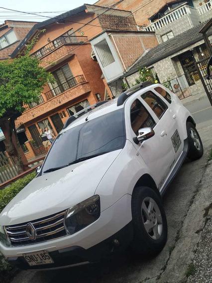 Vehículo Servicio Público Especial Duster 5 Puertas, 2013