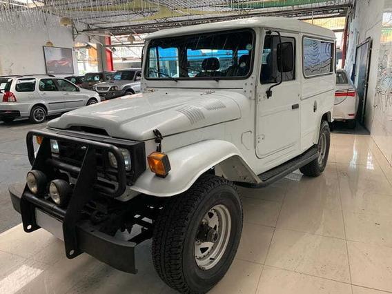 Toyota Bandeirante Jipe 4x4 Bj50lv(aco) 2p