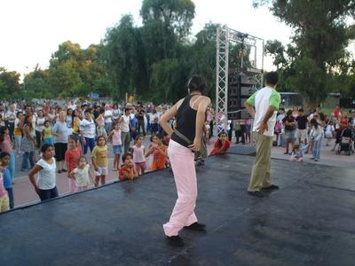Clases De Baile Salsa Bachata Vals Iniciación Al Movimiento