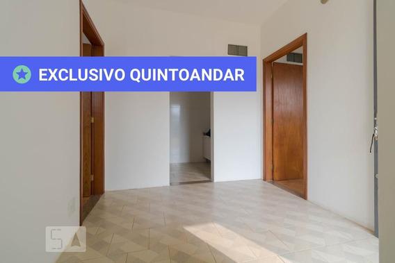 Casa Com 2 Dormitórios E 8 Garagens - Id: 892949706 - 249706