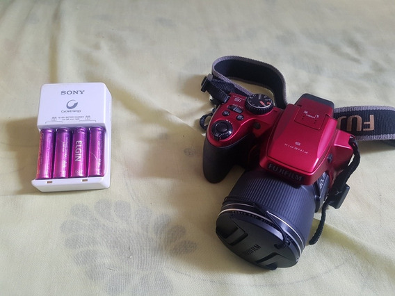 Camera Semiprofissional Fujifilm Finepix S8200