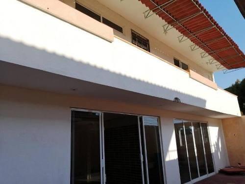 Casa Sola En Venta Fraccionamiento El Roble