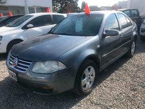Volkswagen Bora 2.0 Trendline 2008 #at3