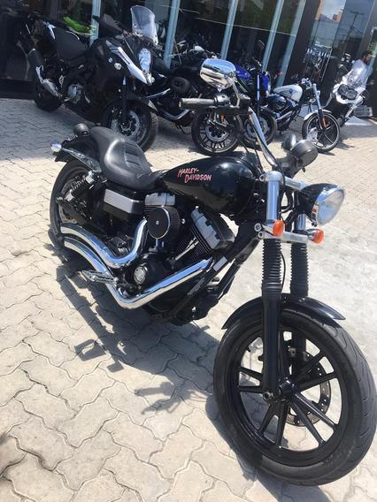 Harley-davidson Dyna Super Glide. 2010/2010