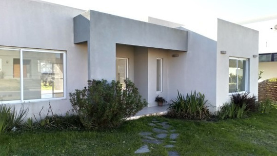 Santa Guadalupe - Lindísima Casa De 106 M2 S/ 650 M2 Central