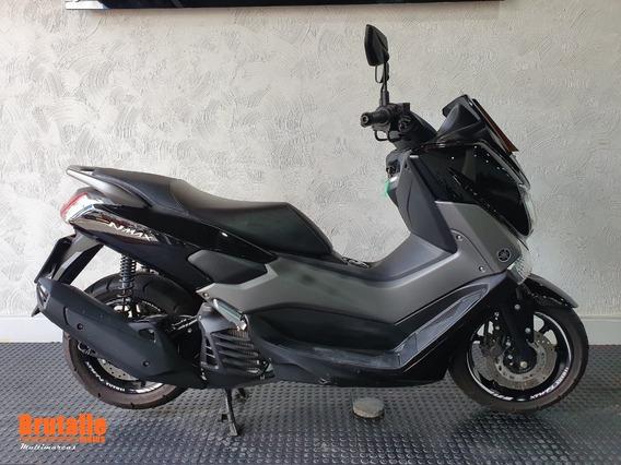 Yamaha N-max Preta