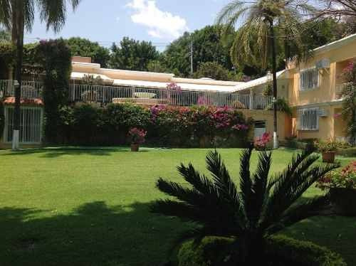 Magnífica Residencia En Col. Chapultepec, Cuernavaca Id 240
