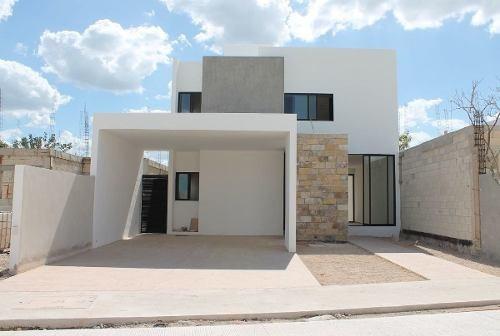 Casas En Venta En Privada En Cholul, Merida Yucatan
