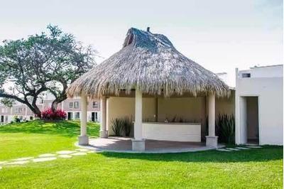 Casa En Venta Con Alberca Al Sur De Cuernavaca