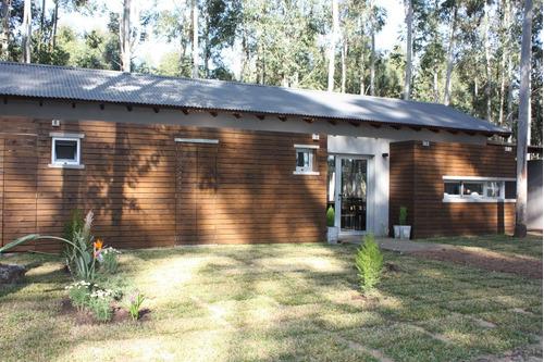 Imagen 1 de 14 de Casa En Colon Entre Rios , La Aldea Club De Campo.