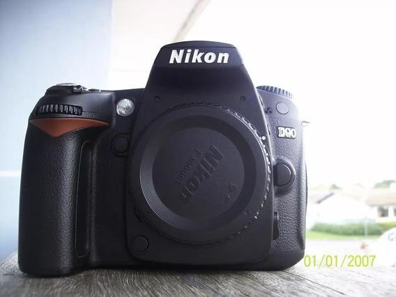 Nikon D90 - Corpo