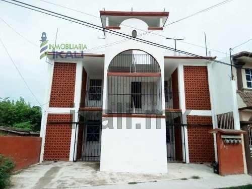 Venta 4 Departamentos Col. Federico García Blanco En Tuxpan Veracruz, Se Encuentran Ubicados En La Calle González Bocanegra # 6 De La Colonia Federico Garcia Blanco, Son 4 Departamentos, 2 En Planta