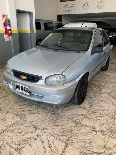 Chevrolet Corsa 1.6 Nafta/gnc 2009