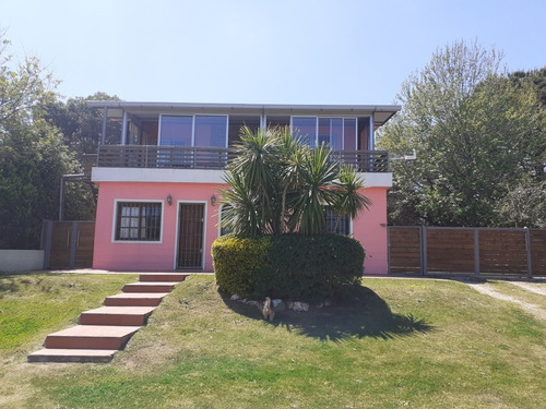 Alquiler Temporal Playa Hermosa. Casa Rosada; 200 Mtrs Playa