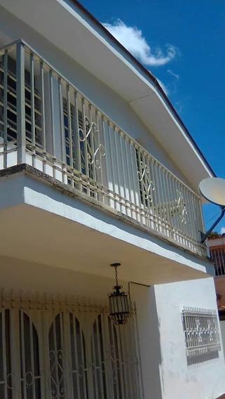 Alquilo Anexo Parte Alta Casa En Terrazas Del Club Hípico