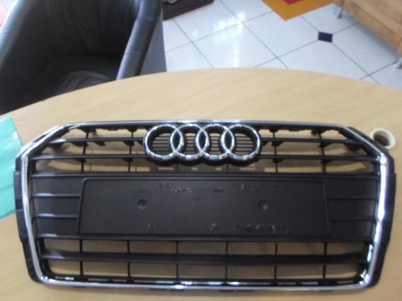 Audi A4 2017 Grade Com Filetes Cromados E Emblema