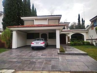 En Renta Amplia Residencia En Real San Bernardo