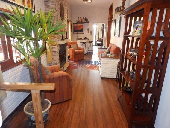 Vende Casa 4 Dormitorios, 2 Baños, Parrillero Y Garaje