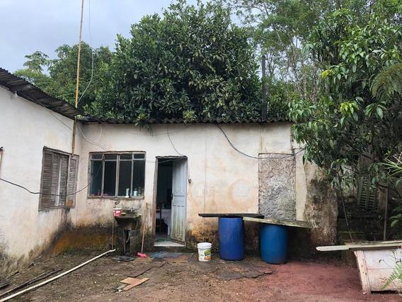 Casa De 5 Comodos Mais Banheiro E Quintal