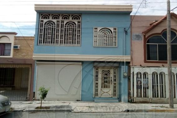 Casas En Venta En Fuentes De San Miguel, Guadalupe