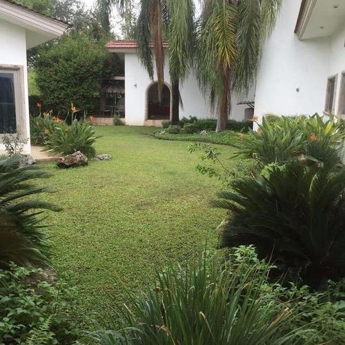 Casa En Las Misiones, Santiago