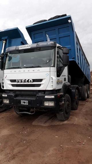 Camión Volcador 8x4 Iveco Trakker 410 2010