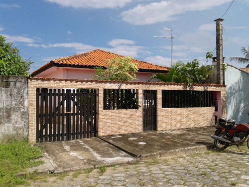 Imagem 1 de 14 de Casa Em Itanhaém 3 Dormitórios Bem Localizado. 2590e