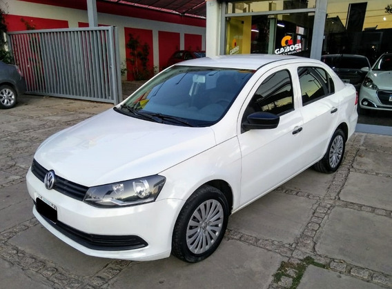 Volkswagen Vw Voyage 1,6 Confortline Plus Año 2013