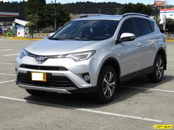 Toyota Rav4 2.5 Street