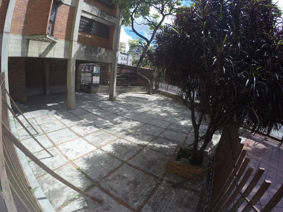 Apartamento En Venta Rosanna 04143357415 Mls #19-9632