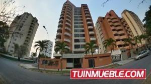 Apartamento En Venta En La Trigaleña Valencia 19-17558 Valgo