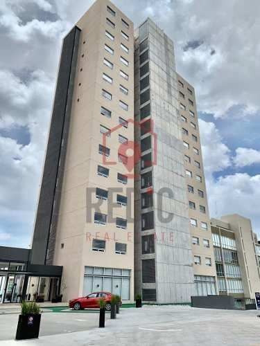 Penthouse De 3 Hab + Cto De Servcio En Levant Diamante