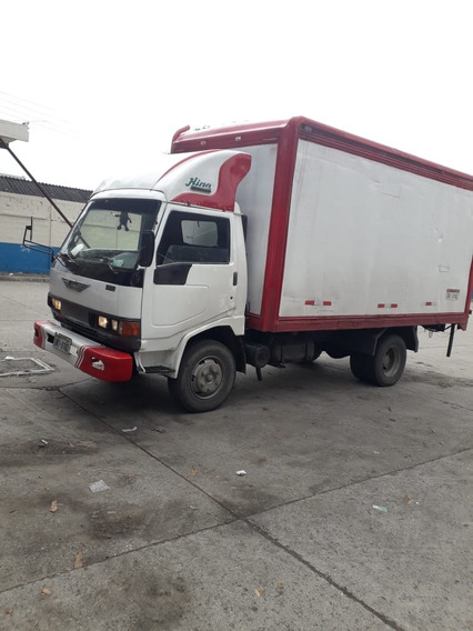 De Oportunidad. Venta De Camion Hino Fb De 5.5 T Año 98